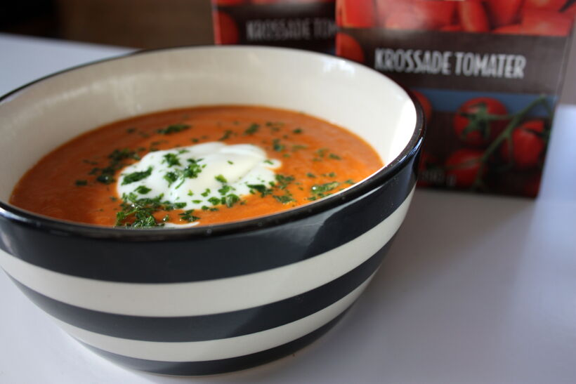 soppa krossade tomater