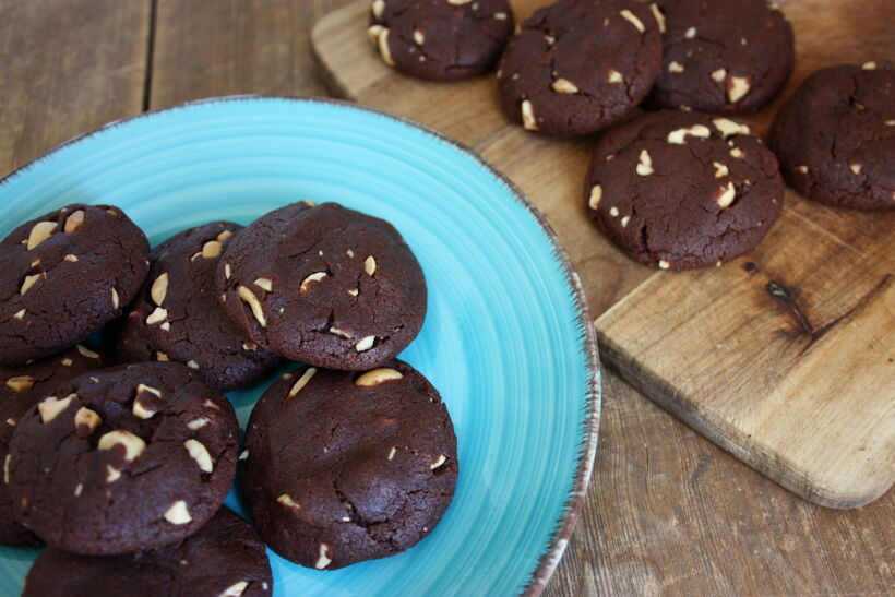 jordnötskaka choklad