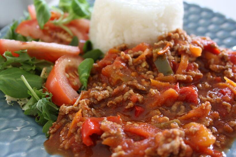 billig köttfärssås grönsaker