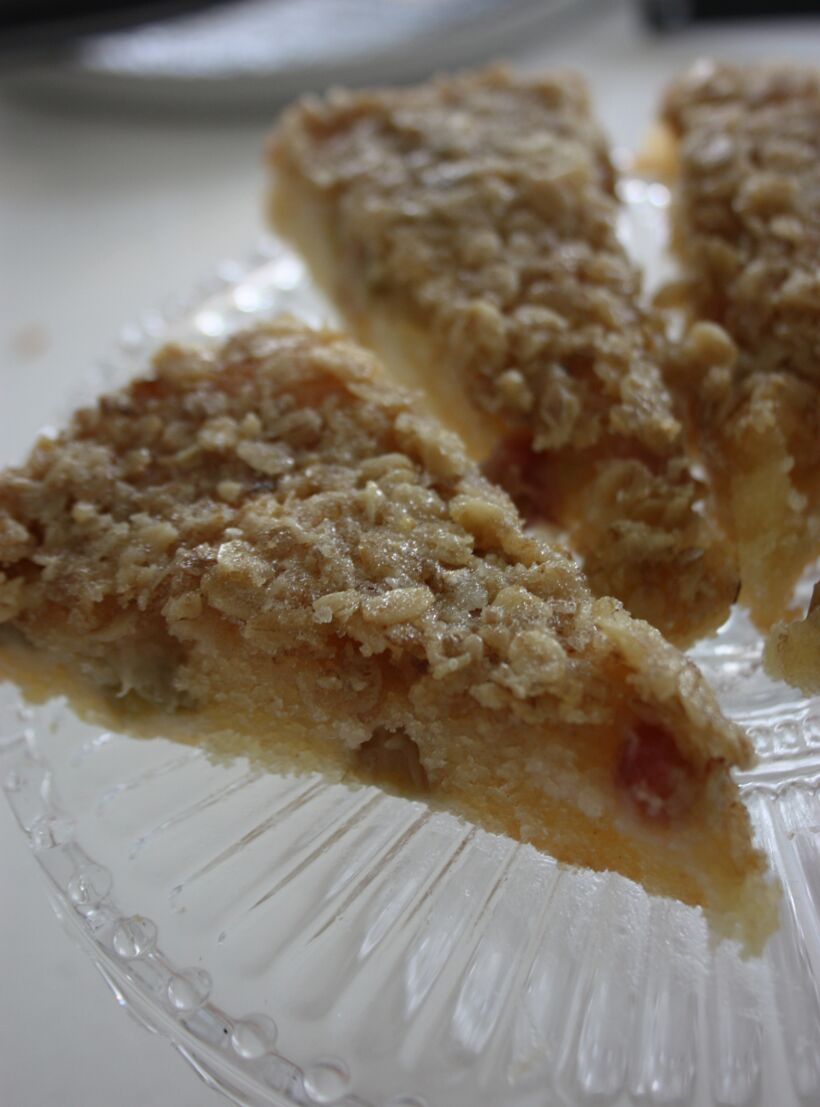 rabarberkakan recepten havregryn