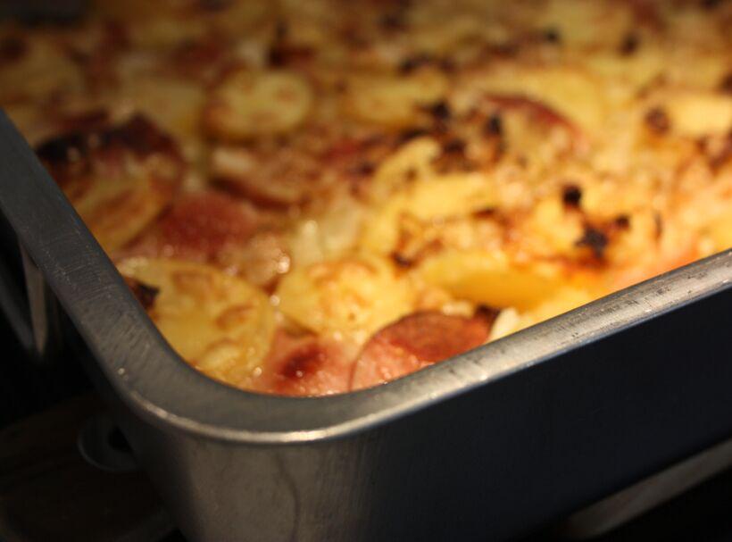 gratäng vitkål falukorven potatis