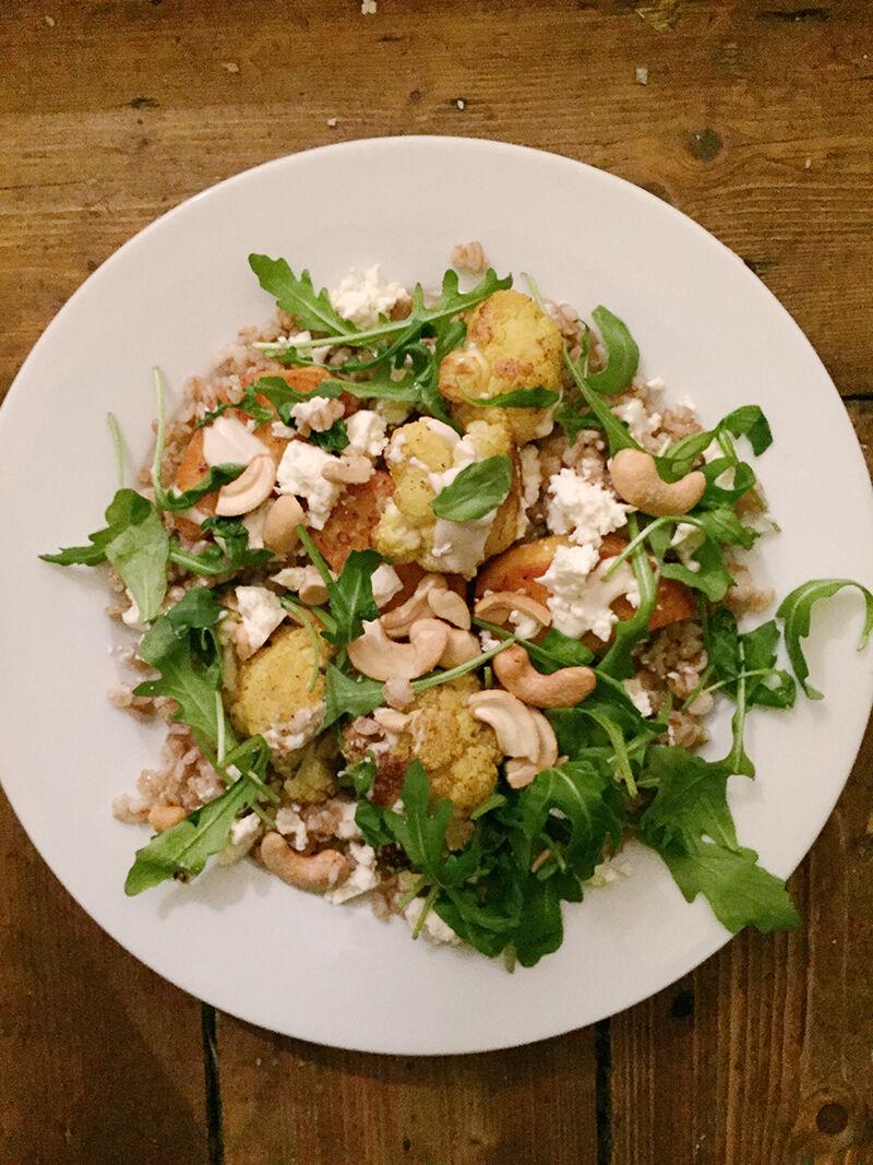 Matvete med blomkål och sötpotatis