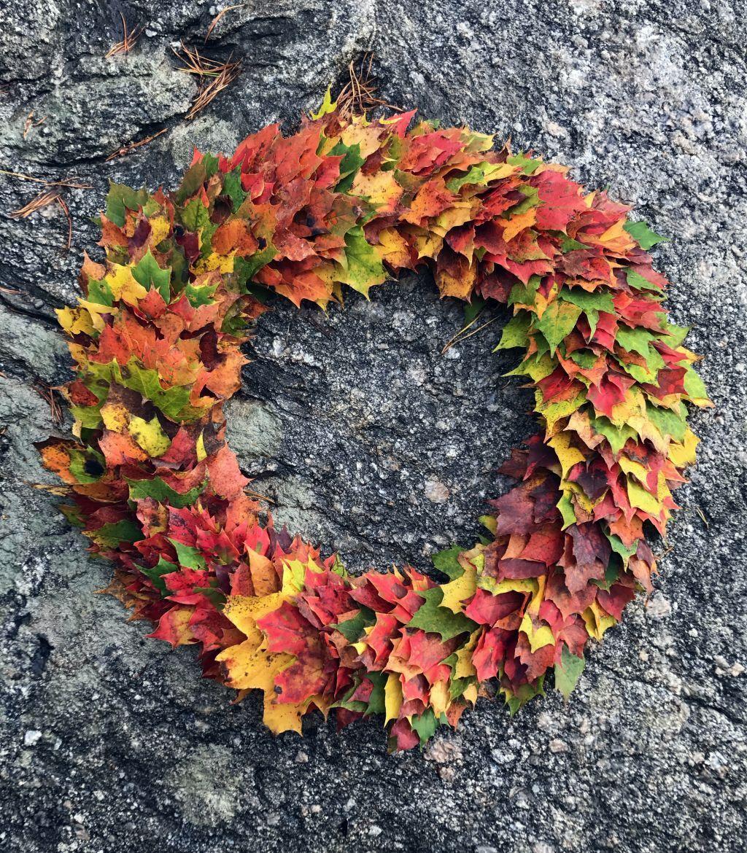 Hur man gör en krans av löv