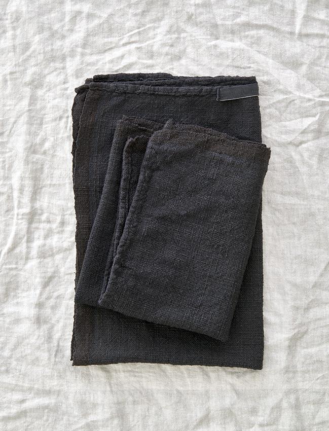 Noy-Blacktowel-product_1024x1024