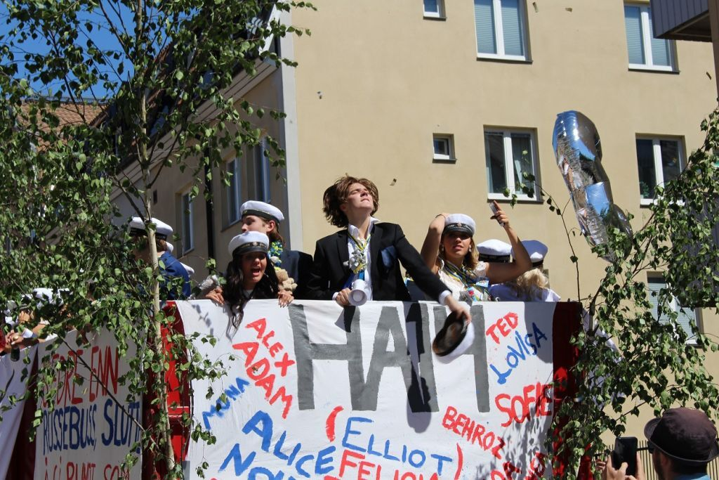 elliot student 10