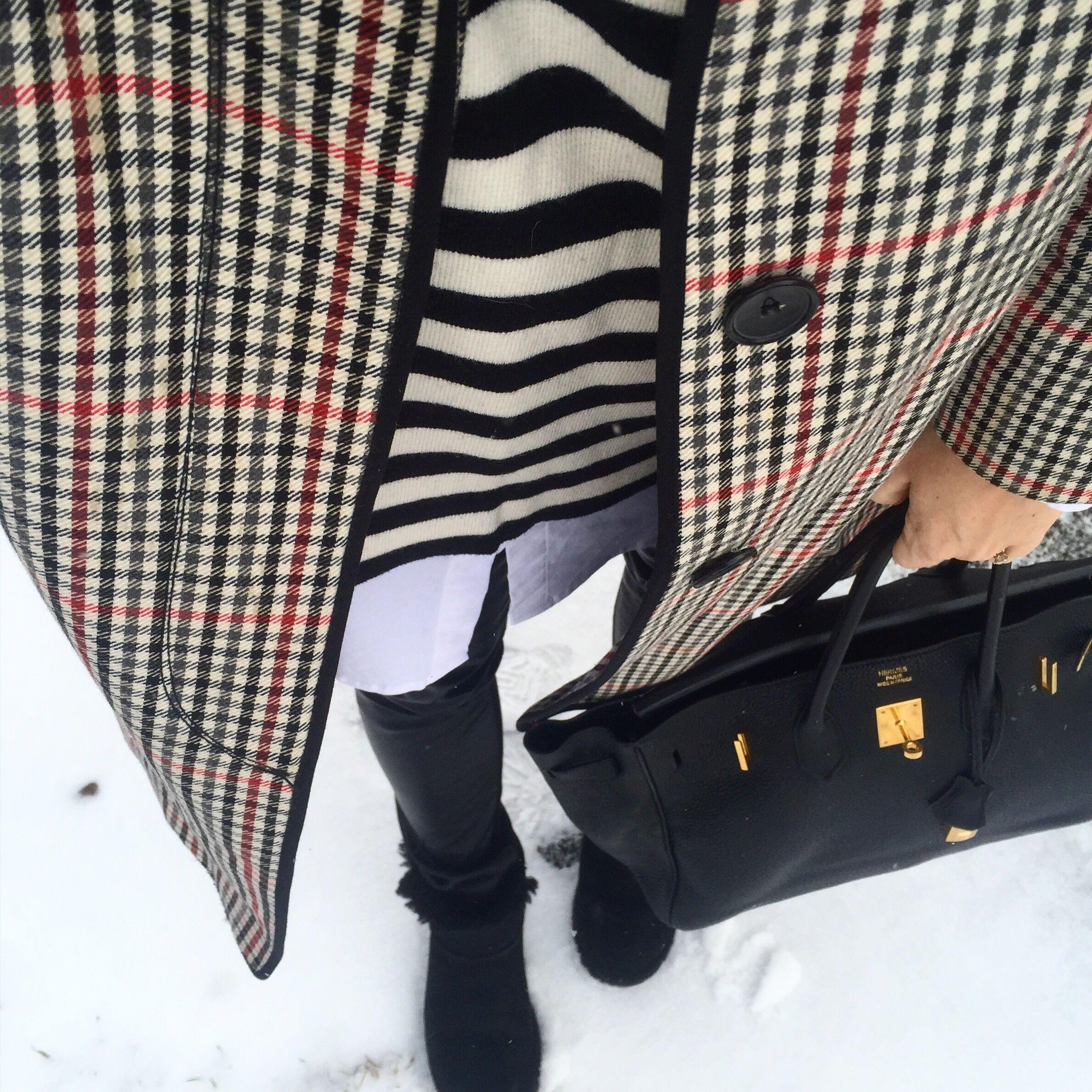 Minikjol, knähöga boots och ny frisyr   Susanne Histrup
