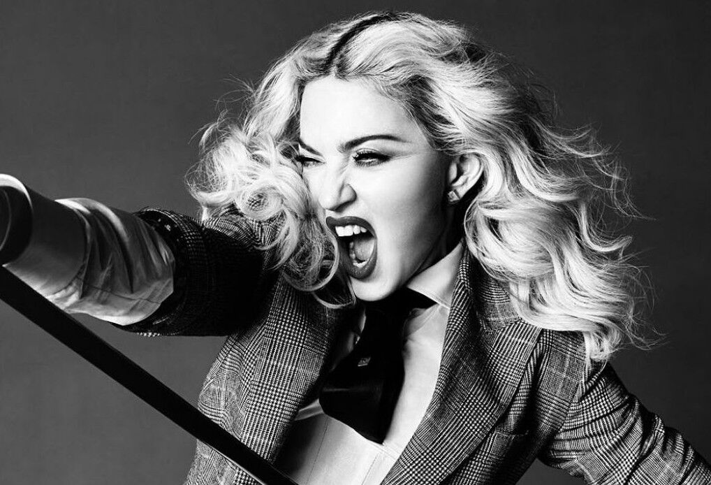 madonna-unapologetic-bitch-rebel-heart