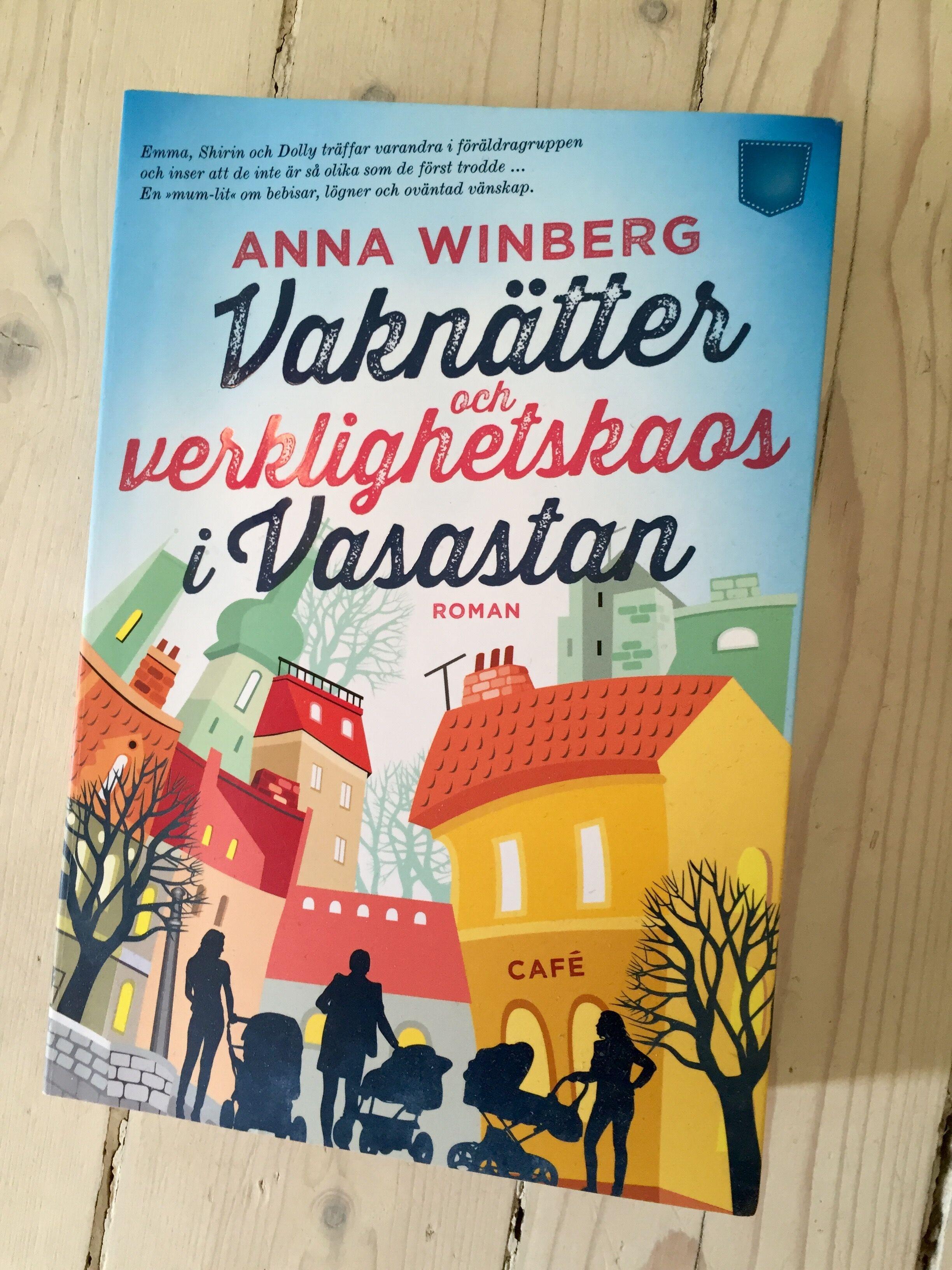 Det här är en riktigt skön och underhållande feelgood-roman av Anna Winberg.